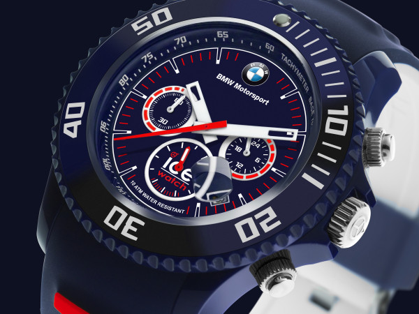 BMW-MOTORSPORT-chrono-blue-without-reflexion